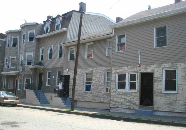 Best 42 52 Essex St Paterson Nj 07501 Rentals Paterson Nj Apartments Com With Pictures