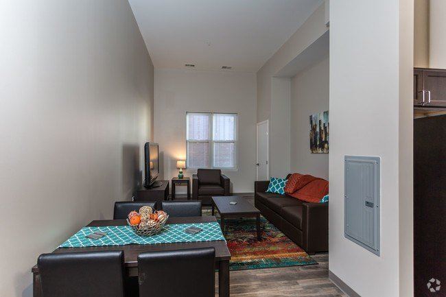 Best Euclid 116 Apartments Apartments Cleveland Oh With Pictures