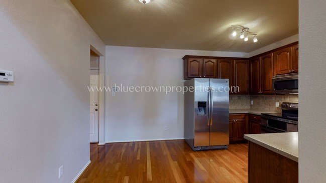 Best Two Bedroom Townhouse With Loft Townhouse For Rent In With Pictures
