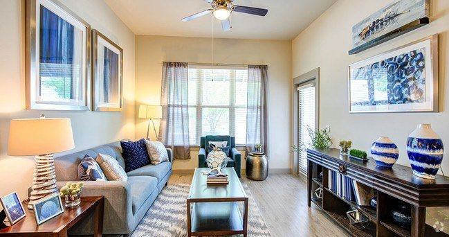 Best 2 Bedroom Apartments For Rent In Dallas Tx Page 4 Apartments Com With Pictures