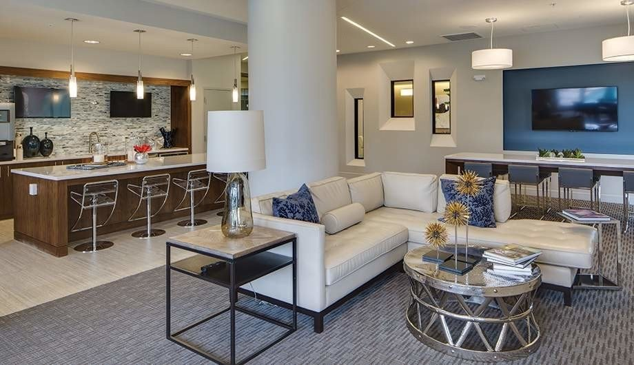 Best Elan Uptown Apartments Minneapolis Mn Apartments Com With Pictures