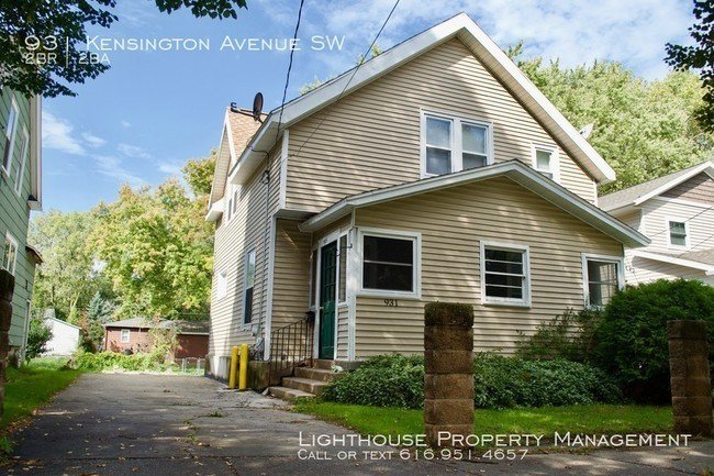 Best Two Bedroom House In Southwest Grand Rapids House For With Pictures
