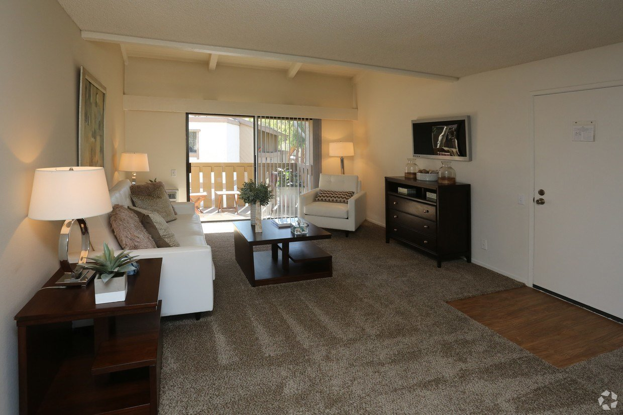 Best Apartment In Fullerton 1 Bedroom 1 Bath 1685 With Pictures