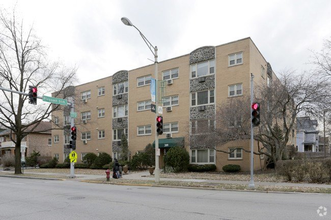 Best 1 Bedroom Apartments Under 1 250 In Oak Park Il Apartments Com With Pictures