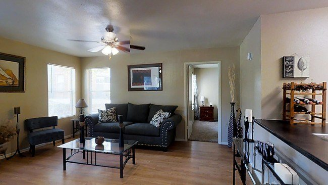 Best Doral Club Apartments Apartments San Antonio Tx With Pictures