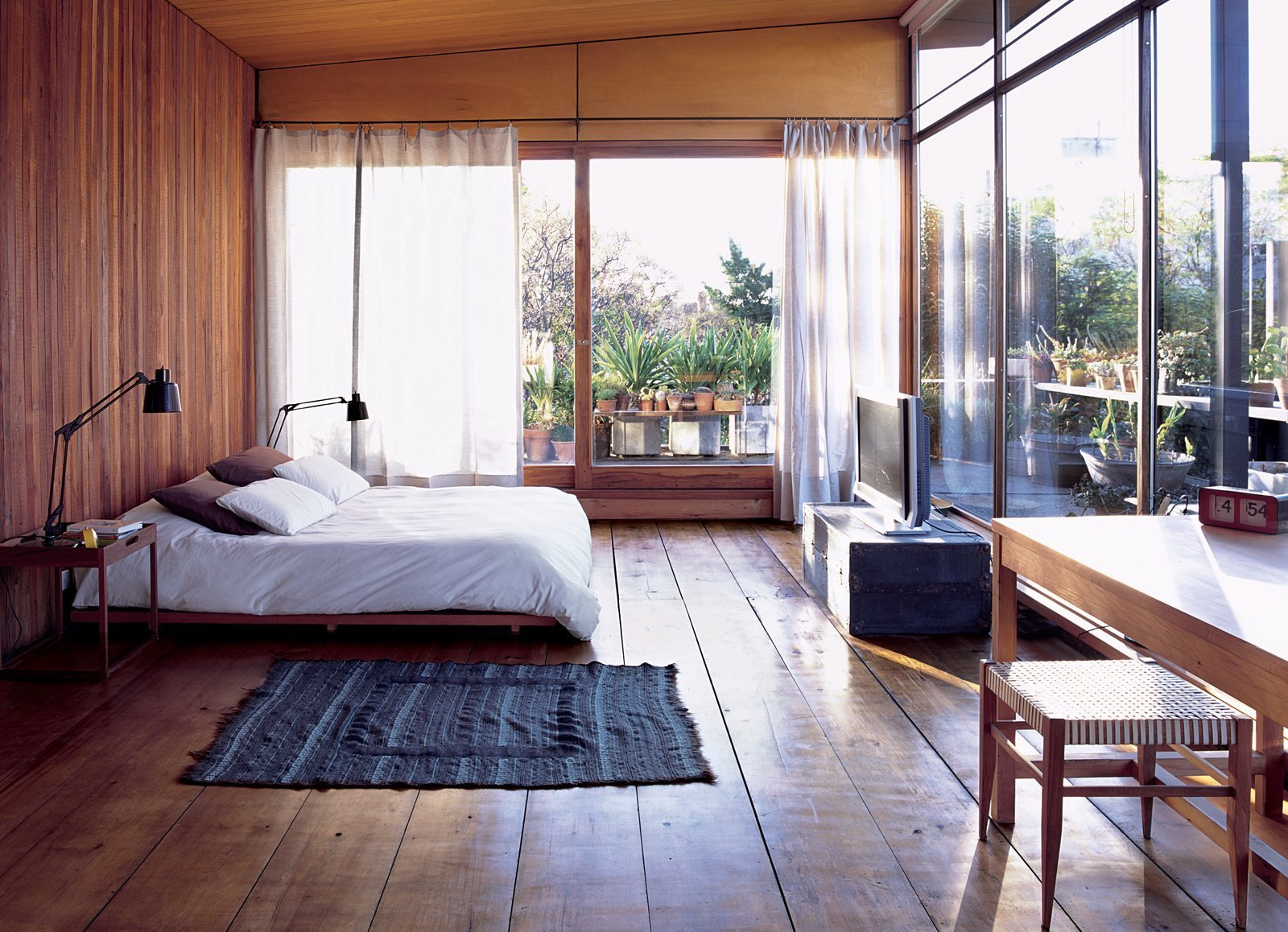 Best A Cozy And Modern Indoor Outdoor Bedroom In Buenos Aires With Pictures