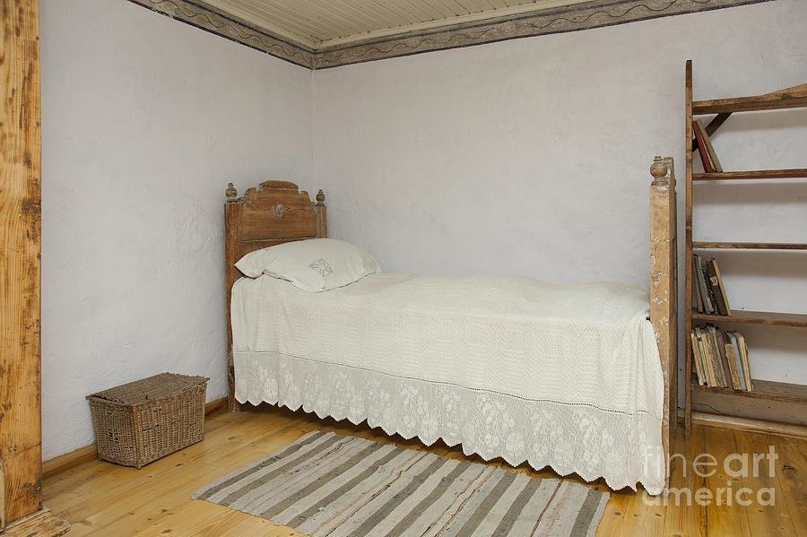 Best Old Fashioned Bedroom Photograph By Jaak Nilson With Pictures