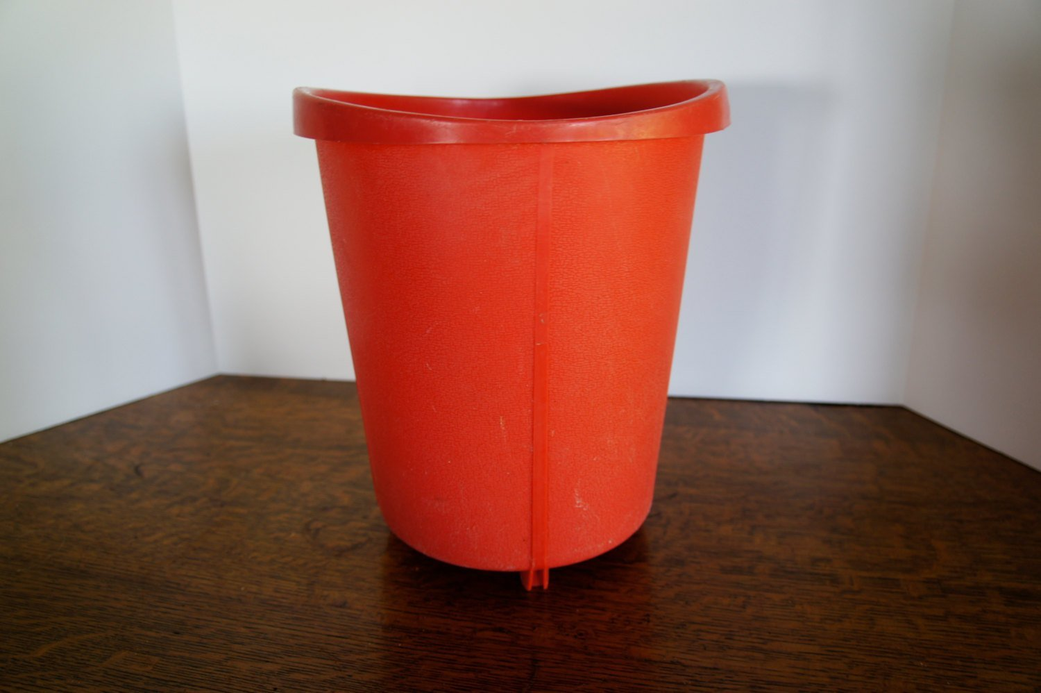 Best Vintage Pink Coral Trash Can Bathroom Or Bedroom By Gleaned With Pictures