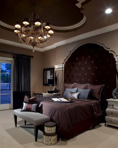 Best Bedroom Decorating And Designs By Roman Interior Design With Pictures