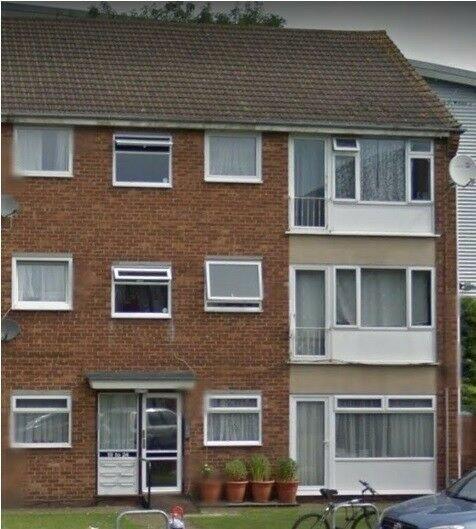 Best 2 Bedroom Flat Slough In Slough Berkshire Gumtree With Pictures