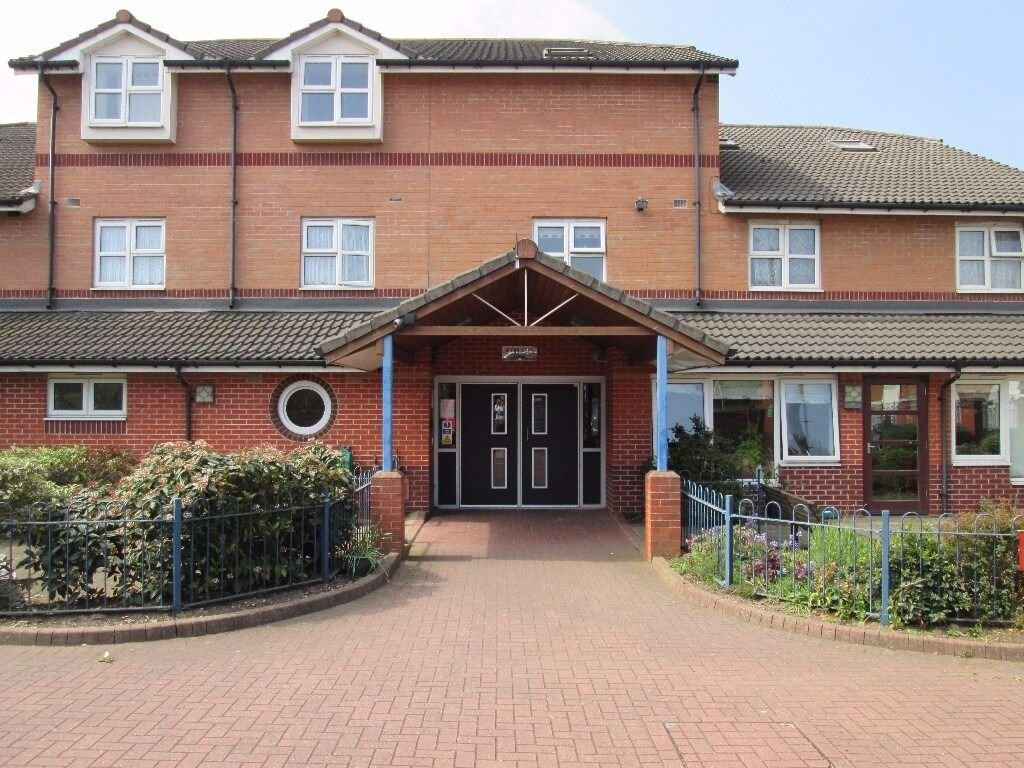 Best One Bedroom Flat West Bromwich Suitable For Elderly Person No Deposit Required Dss Accepted Flat With Pictures
