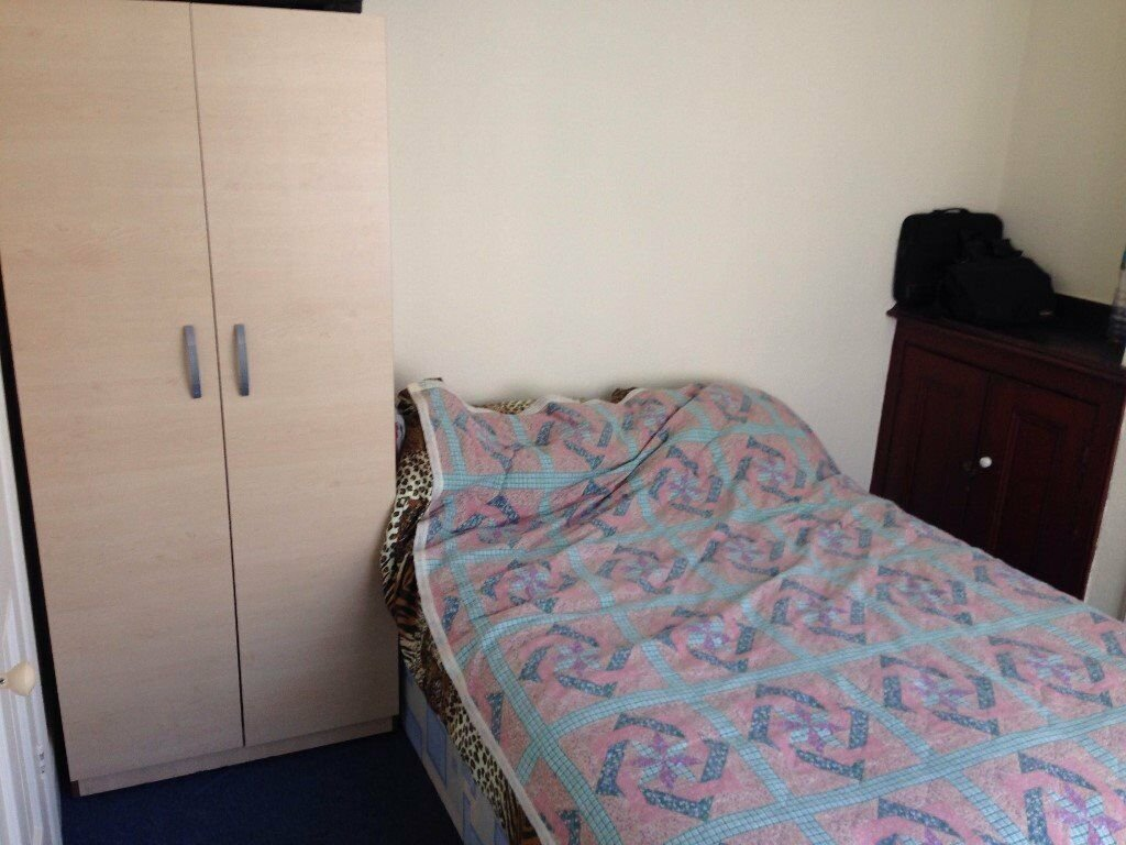 Best 3 Bedroom House To Rent Council Tax And Water Bill Inc With Pictures