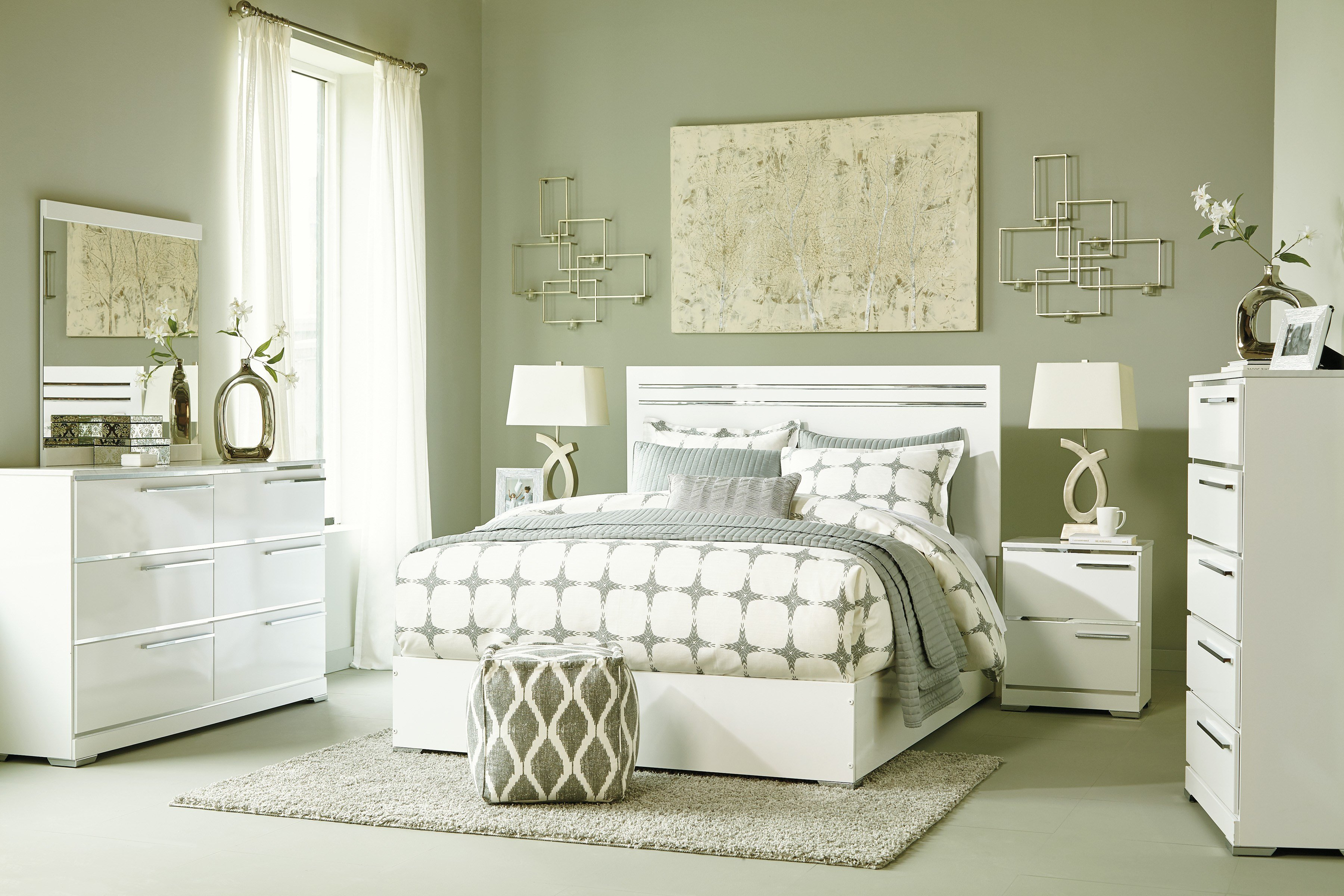 Best Brillaney White Bedroom Set Marjen Of Chicago Chicago With Pictures