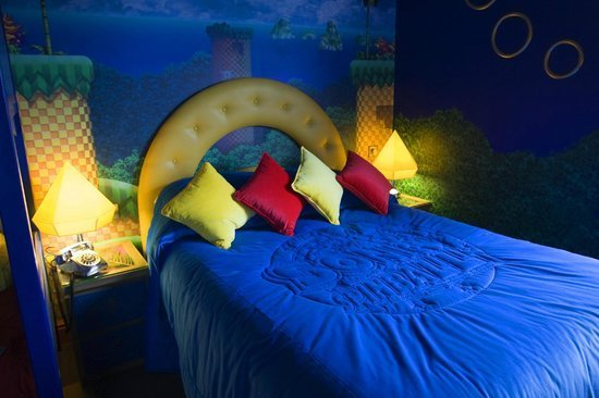 Best Sonic The Hedgehog Themed Bedroom Picture Of Alton Towers Hotel Alton Tripadvisor With Pictures