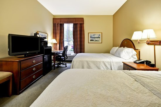 Best Two Queen Bedroom Picture Of Hampton Inn Suites With Pictures