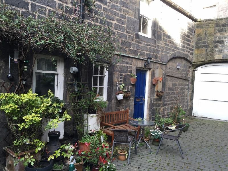 Best Exceptional 2 Bedroom House In Edinburgh S Fashionable With Pictures