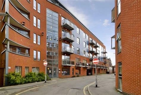 Best Martin Co Leeds City 2 Bedroom Apartment To Rent In With Pictures