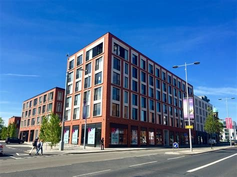 Best Martin Co Manchester Central 2 Bedroom Apartment To Let With Pictures