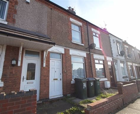 Best Martin Co Nuneaton 2 Bedroom Terraced House To Rent In With Pictures