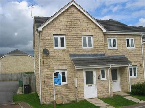 Best Whitegates Huddersfield 3 Bedroom House To Rent In College With Pictures
