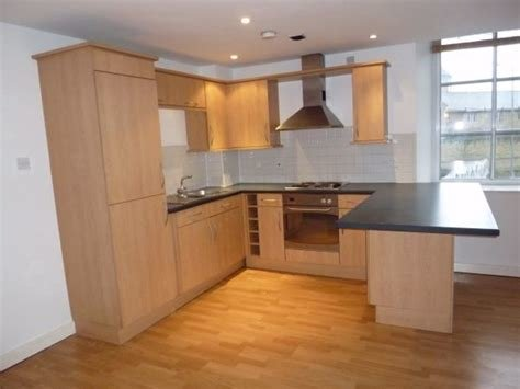 Best Whitegates Bradford 1 Bedroom Flat For Sale In Treadwell With Pictures