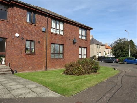 Best Martin Co Kirkcaldy 3 Bedroom Apartment To Rent In 4 Beatty Court Ky1 Martin Co With Pictures
