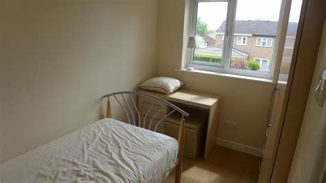 Best Whitegates Coventry 3 Bedroom House To Rent In Fordwell Close Chapelfields Coventry Cv5 Whitegates With Pictures
