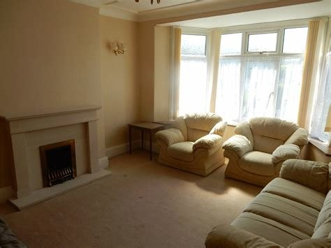 Best Whitegates Huddersfield 3 Bedroom House To Rent In Lynton With Pictures