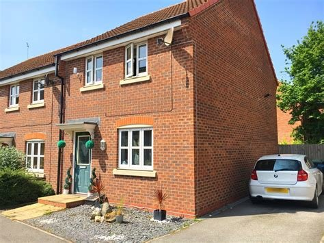 Best Martin Co Lincoln 3 Bedroom End Of Terrace House To Rent With Pictures
