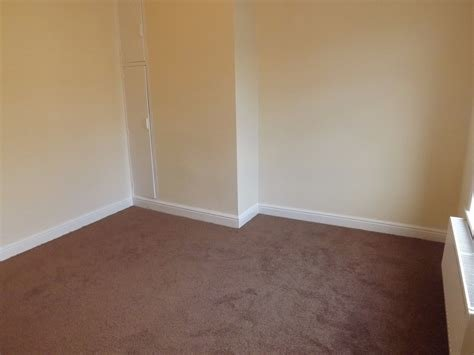 Best Whitegates Huddersfield 2 Bedroom House To Rent In Eldon With Pictures