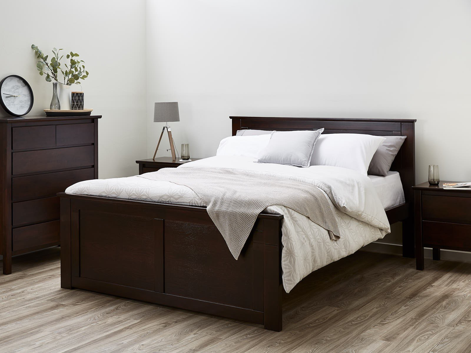 Best Queen Size Bedroom Suites 50 75 Off Sale Built With With Pictures