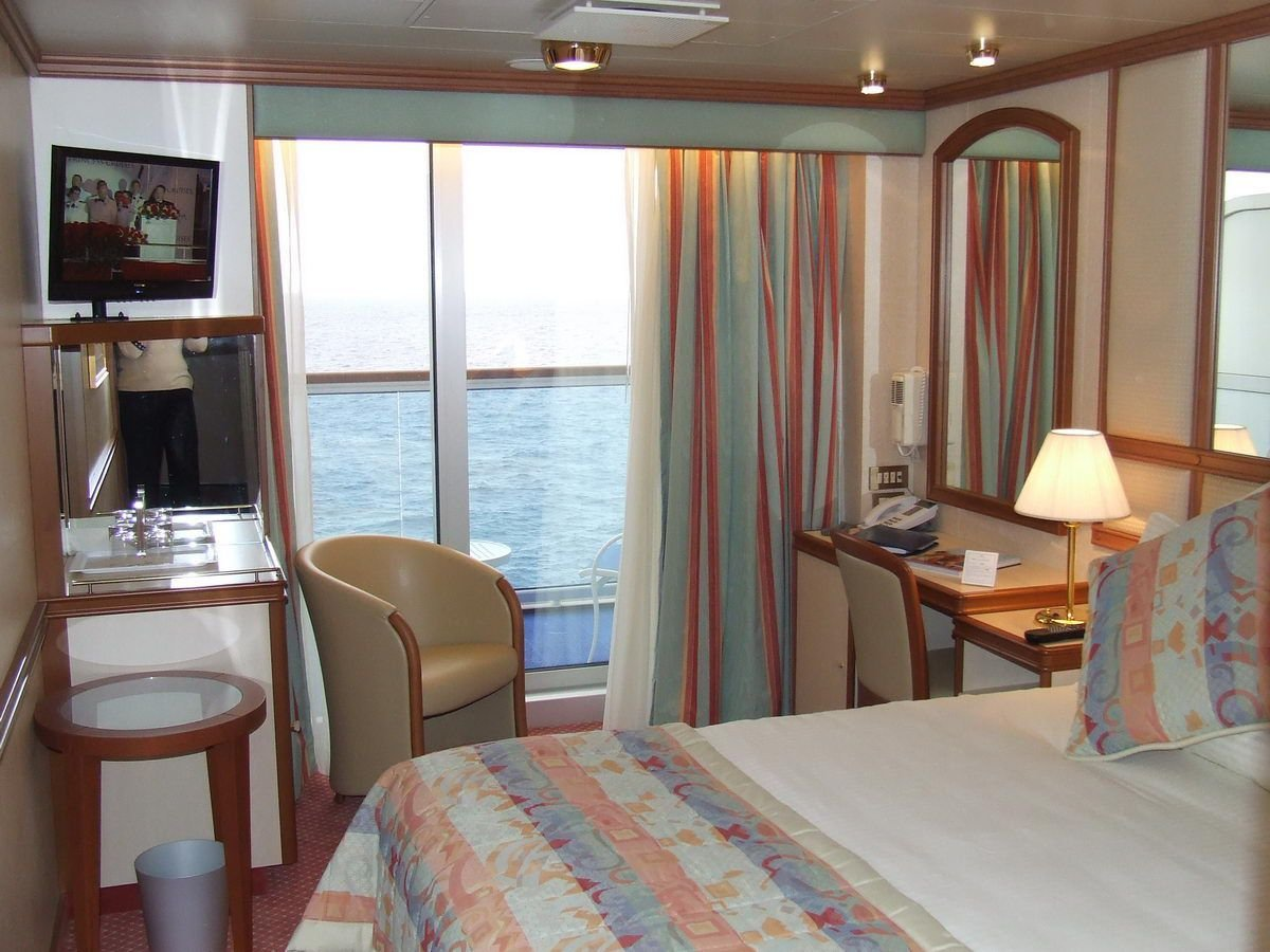 Best Ruby Princess Cruise Ship Cabins And Suites With Pictures