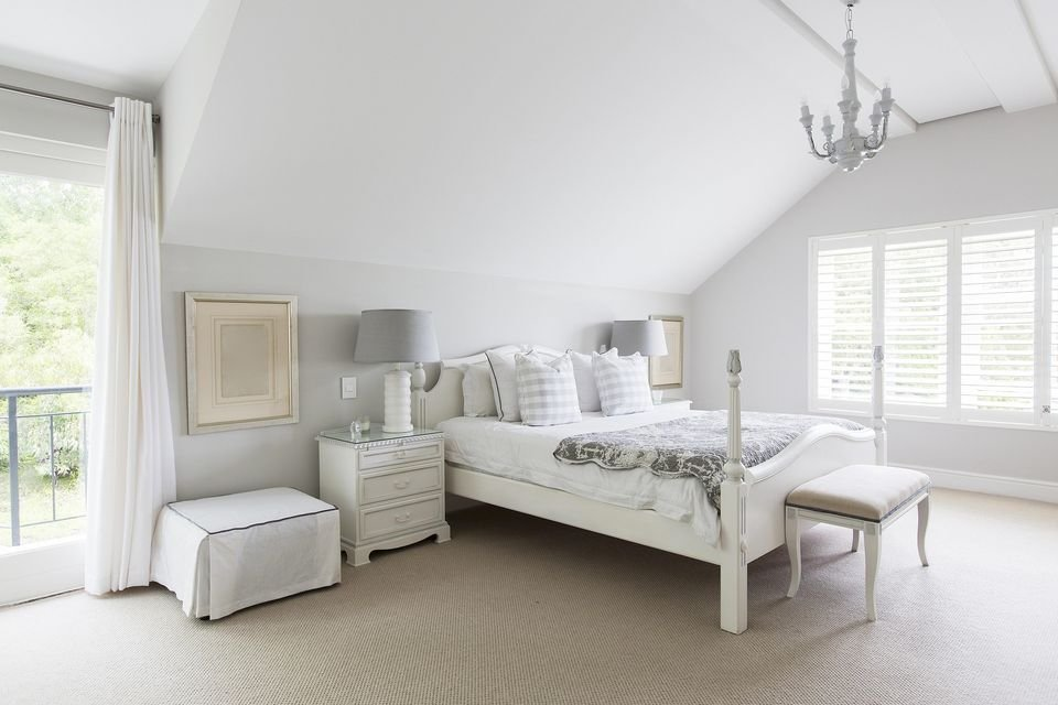 Best White Bedroom Decorating Ideas With Pictures