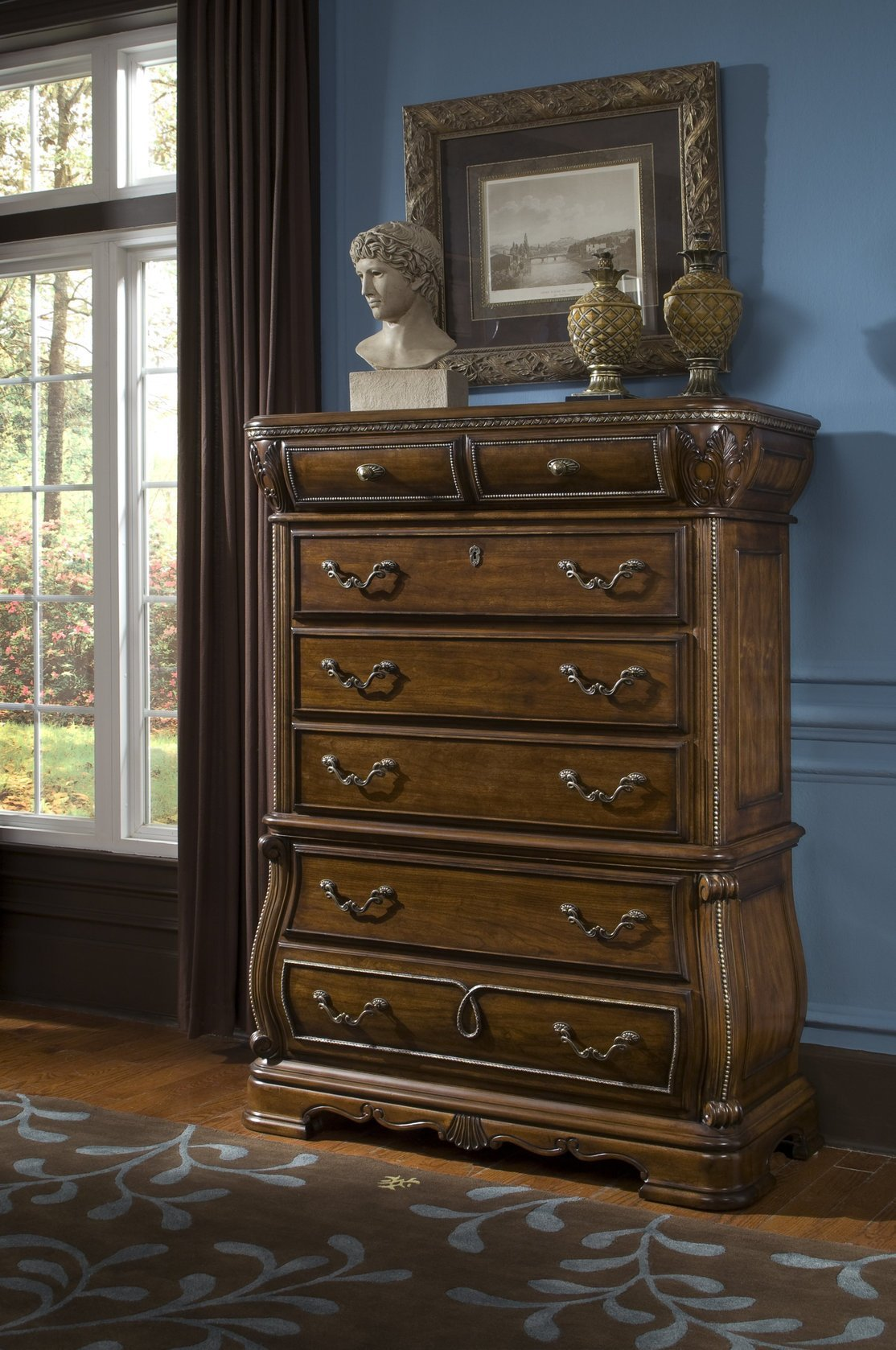 Best The Traditional Sovereign Formal Bedroom Collection With Pictures