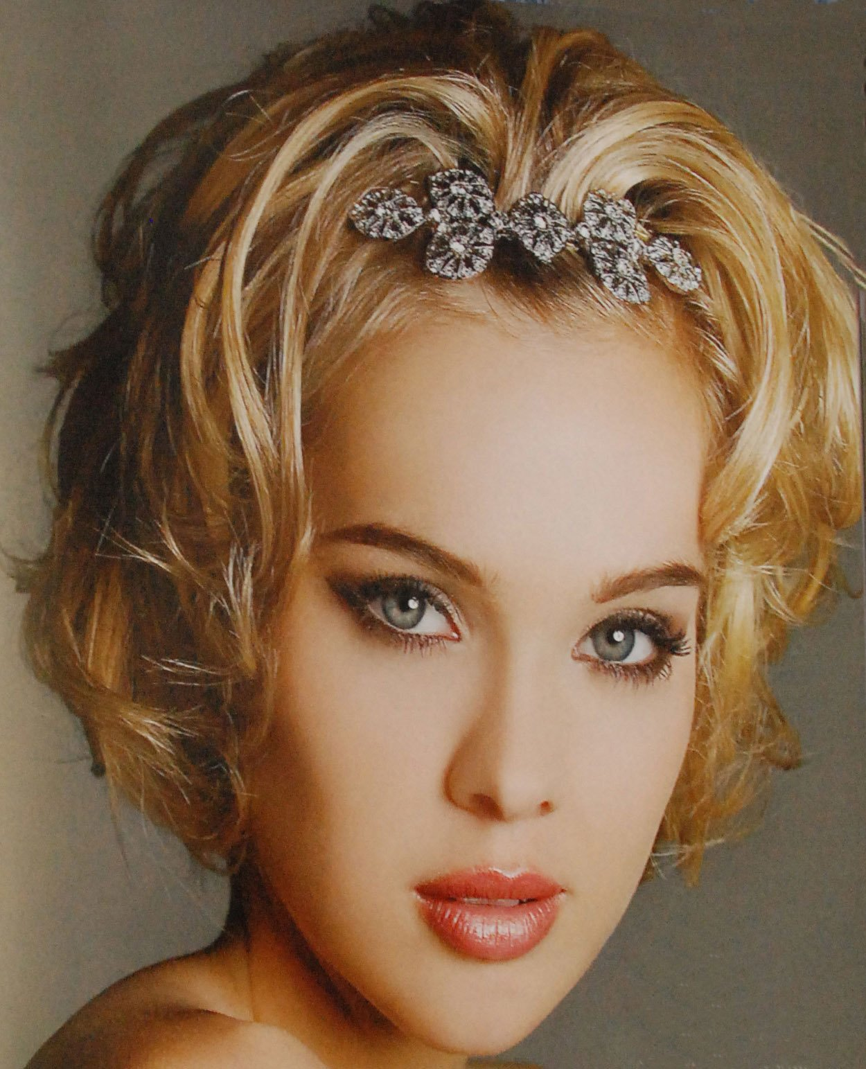 Free China Hairstyles For Girls French Fashions Wallpaper