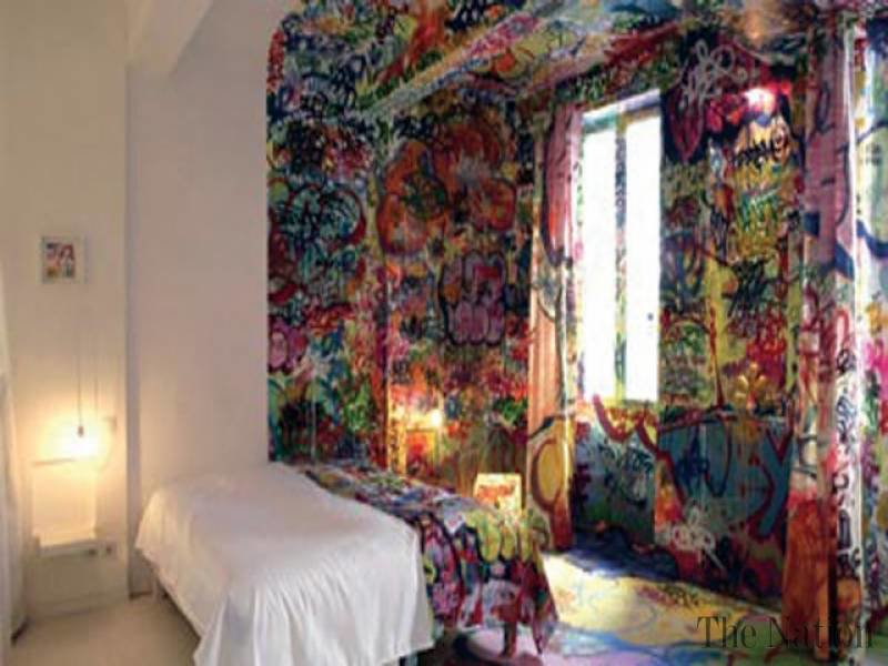 Best Graffiti Artist Designs Hotel Bedroom With Pictures