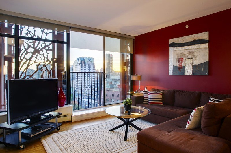 Best Gastown Furnished Condo In Woodwards W 43 Vancouver With Pictures