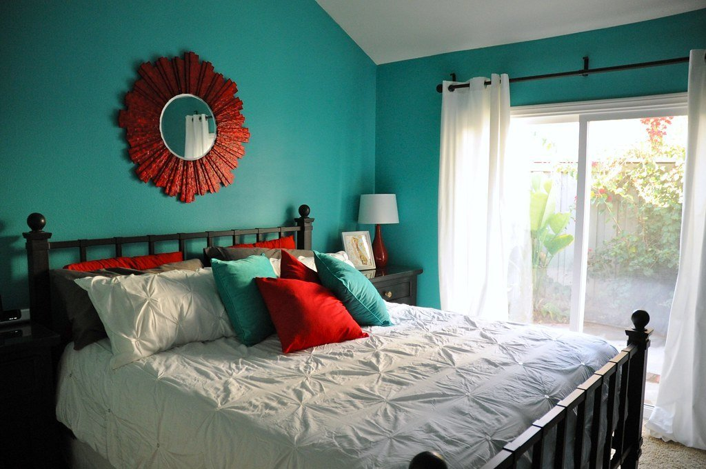 Best Aqua And Red Master Bedroom Makeover Found On My Blog With Pictures