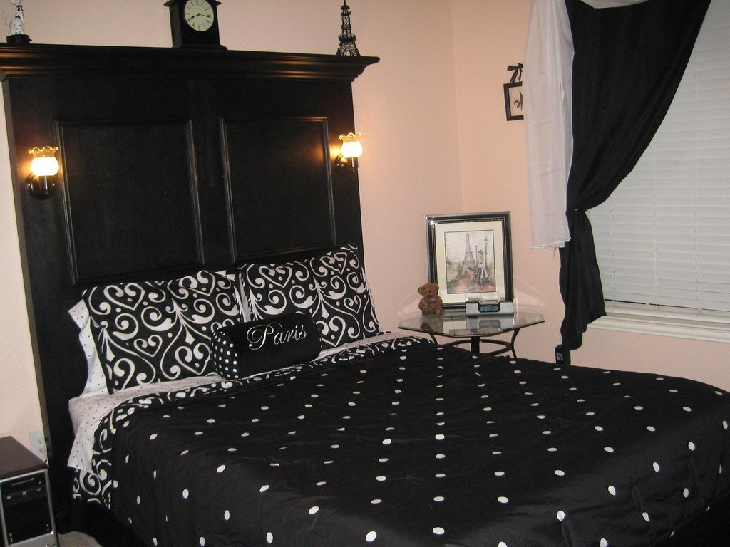 Best Img 4788 Custom Headboard For A Paris Themed Bedroom Robert Brantzeg Flickr With Pictures