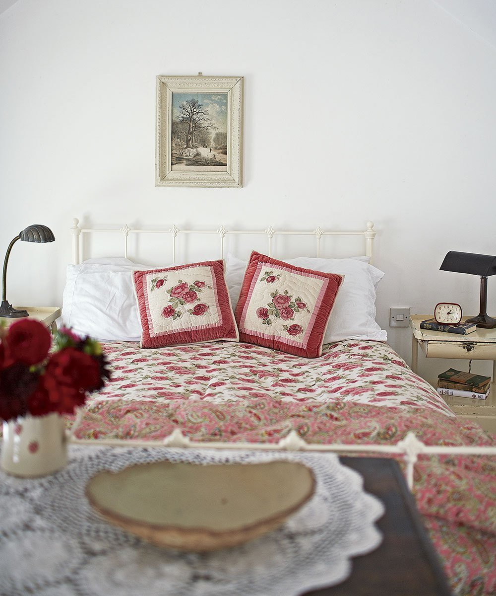 Best Small Bedroom Ideas – Decorate A Small Bedroom – Small With Pictures