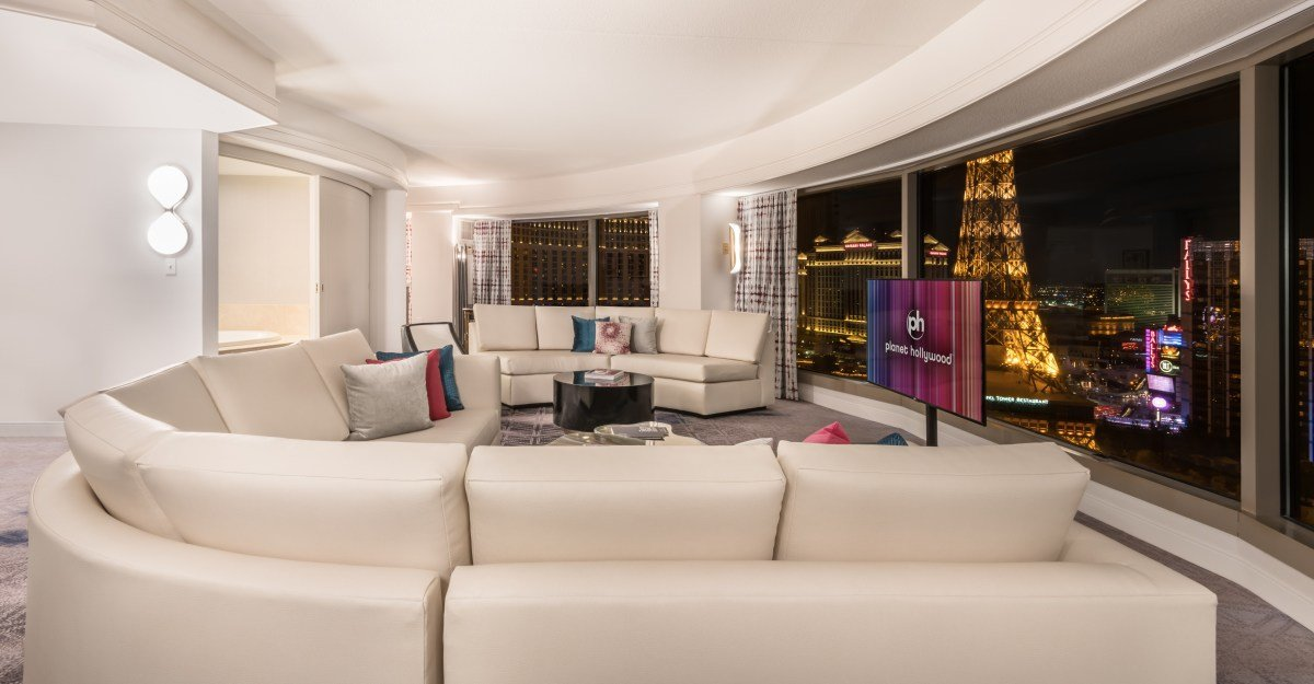 Best Ultra Hip Two Bedroom Panorama Suite At Planet Hollywood With Pictures