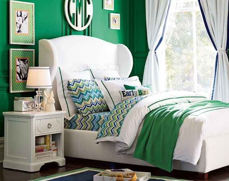 Best 17 Best Ideas About Kelly Green Bedrooms On Pinterest Green Decorative Art Green Color With Pictures