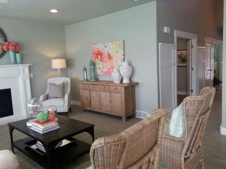 Best Color Scheme Of Coral And Seafoam Green Master Bedroom With Pictures