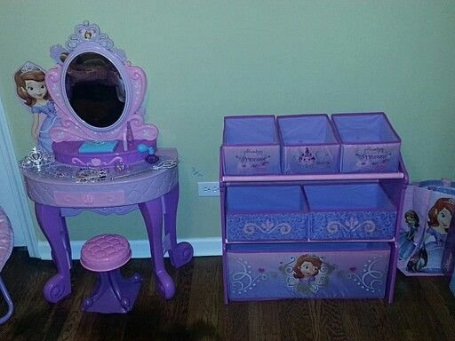 Best Sofia The First Vanity From Toys R Us And Multi Bin With Pictures