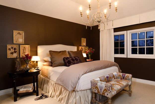 Best Dark Brown Walls W Light Bedding White Trim Rug House With Pictures