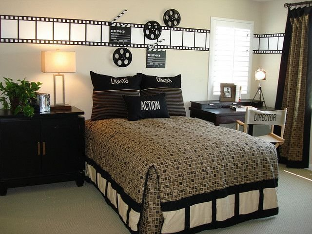 Best 25 Best Ideas About Movie Themed Rooms On Pinterest Cinema Movie Theater Movie Theme With Pictures