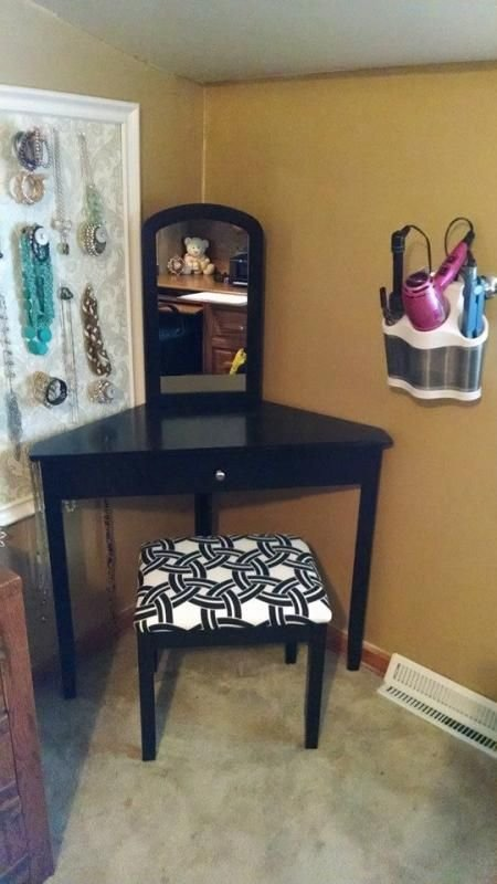 Best 25 Corner Vanity Ideas On Pinterest Corner Makeup Vanity Corner Vanity Table And Makeup With Pictures