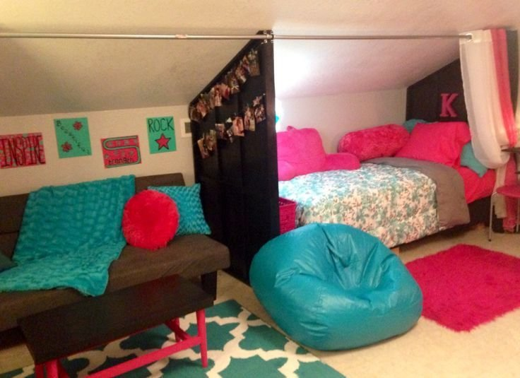 Best Turn An Attic Room Into A Cool Bedroom For A Pre T**N Girl With Pictures