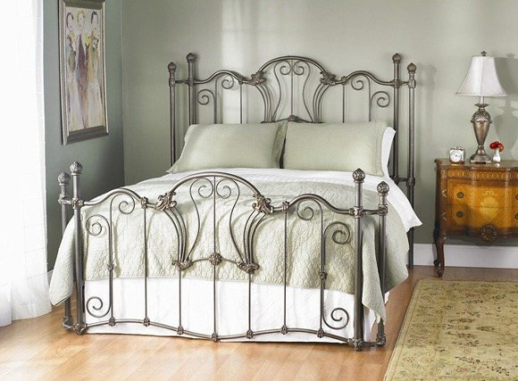 Best 11 Best Images About Iron Bed Designs On Pinterest Marlow Villas And T**N Bedroom Furniture With Pictures