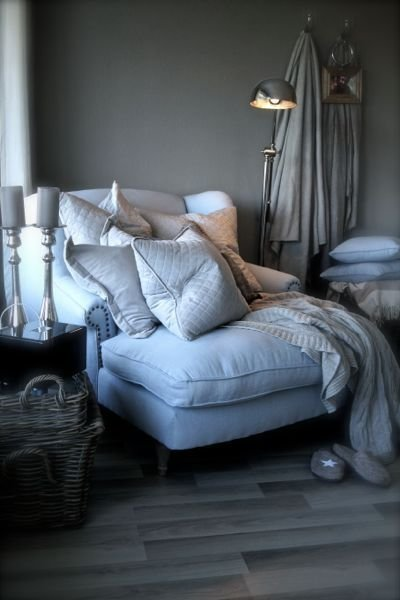 Best 25 Comfy Reading Chair Ideas On Pinterest Comfy Chair Big Chair And Bedroom Reading Chair With Pictures